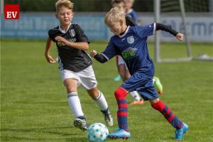 Die Fortunen hoffen darauf, dass sie ihr Fußball-Camp in den Osterferien trotz Corona-Pandemie durchführen können..